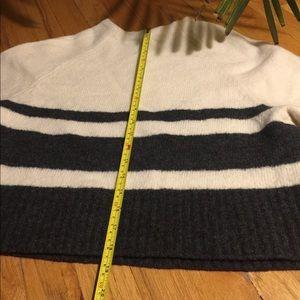 Banana Republic Sweaters - Warm, boxy Banana Republic sweater